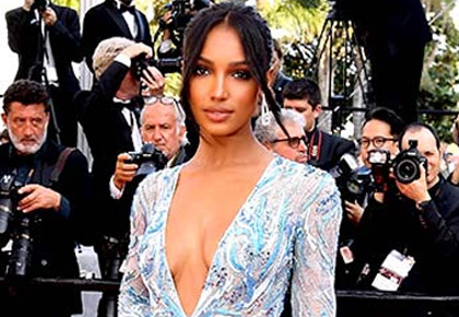 In Pics: Models turn up the heat at Cannes