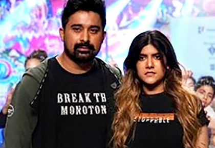 DON'T MISS! Rannvijay, Ananya dance on the ramp