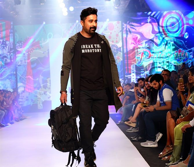 Rannvijay Singh and Ananya Birla walk for Priority Bags and Disrupt India at Bombay Times Fashion Week in Mumbai