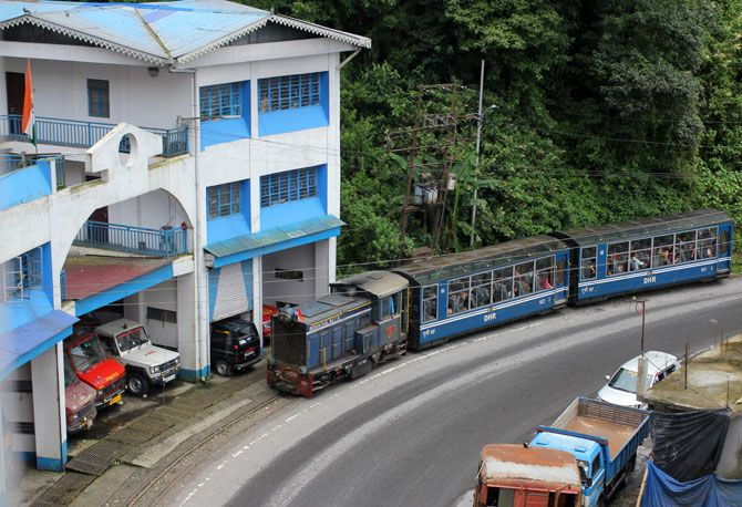 Darjeeling photos by Hitesh Harisinghani