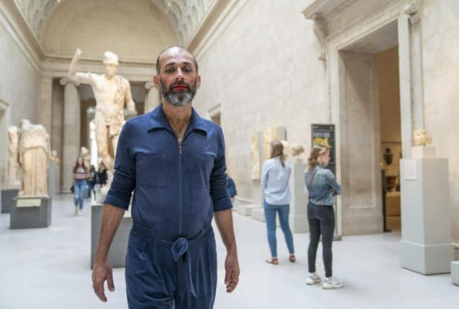 Why this artist is living at the NY Met for 200 hours!