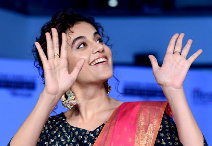 Simply wow! Taapsee dazzles in ethnic wear