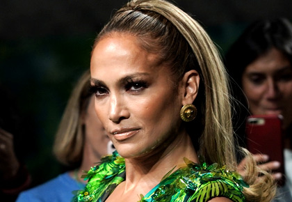 Too HAWT! JLo flaunts curves in sexy jungle dress