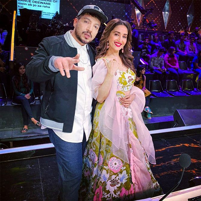 Naezy with Madhuri Dixit Nene on the sets of Dance Deewane.