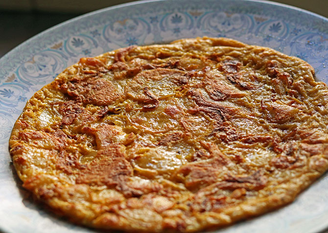 SEE: How to make Spanish omelette