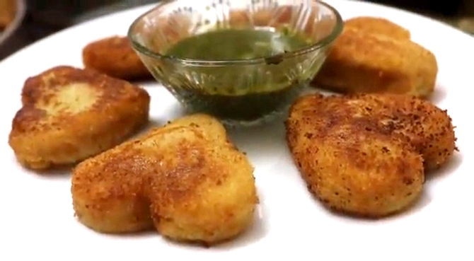 Chana dal pattice and chhole