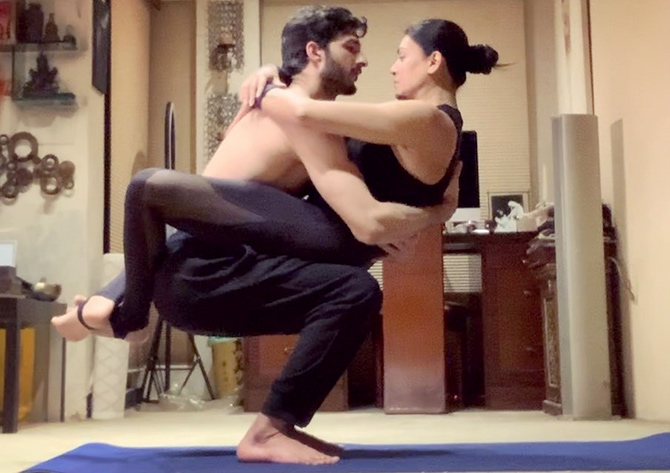 Sushmita Sen's hot yoga with Rohman Shawl