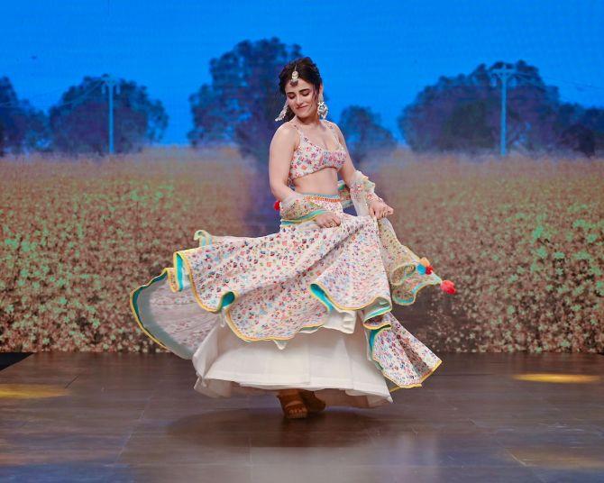 Sukriti and Akriti at Lakme Fashion Week 2020