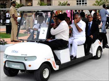 Sonia Gandhi takes a tour of the Mysore campus.