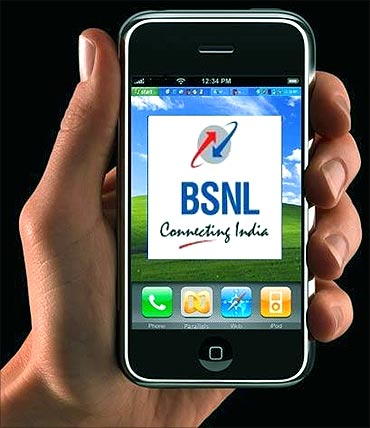 BSNL tops in adding new customers.