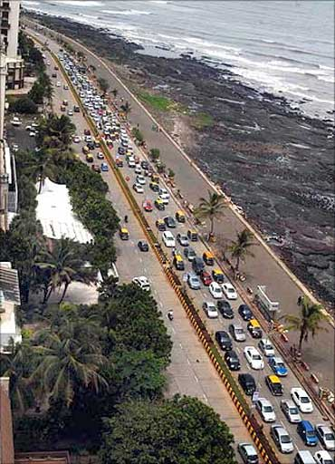 A traffic jam near the sealink in Mumbai. Traffic snarls are a very common sight in Mumbai too, but the metropolis is not in the list of cities surveyed.