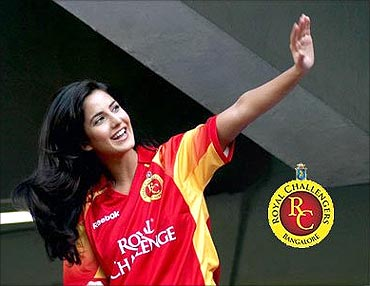 Actress Katrina Kaif supports Royal Challengers.