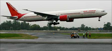 6,994 crore! That's Air India's estimated loss in 2010-11