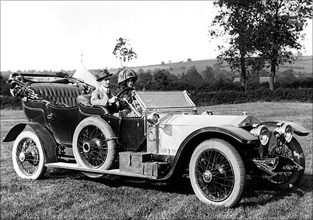 Historical and amazing photos of Rolls-Royce