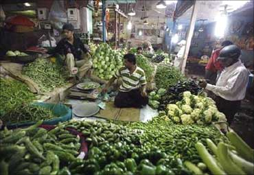 Vegetable prices fall.