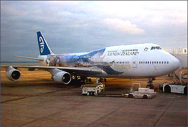 Air New Zealand Lord of the Rings Boeing 747-400.