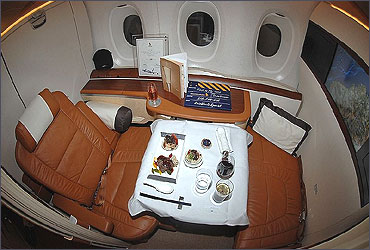 1st Class cabin of Singapore Airlines.