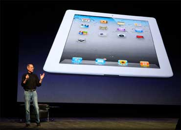 Steve Jobs introduces the iPad 2 during an Apple event in San Francisco, California on March 2, 2011.