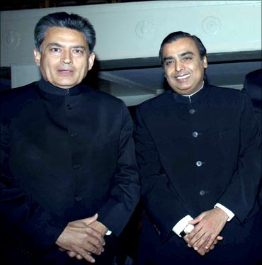 Rajat Gupta, former McKinsey MD and director on Goldman Sachs board, with RIL chairman Mukesh Ambani.