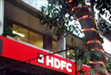 Chinese central bank hikes stake in HDFC to 1.01%