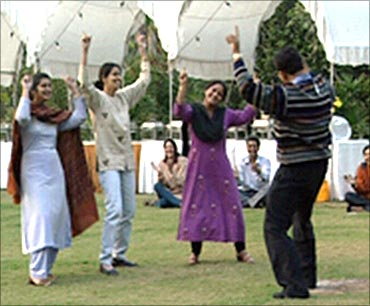 NIIT students during a dance program.
