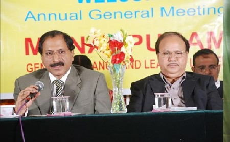 VP Nandakumar addressing an Annual General Meeting