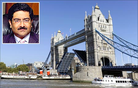 Tower Bridge, London. Kumar Mangalam Birla (Inset)