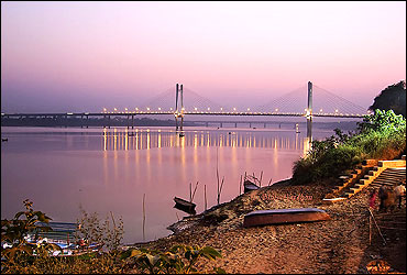New Yamuna bridge.
