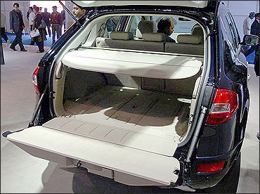 Luggage space of Koleos.