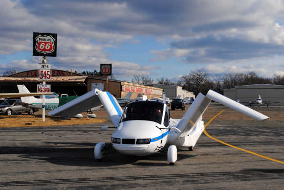 Amazing photos of the 'Flying Car'