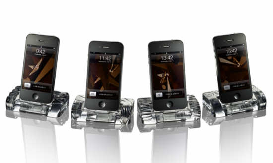 iPhone 4 Docking Station made of crystal.