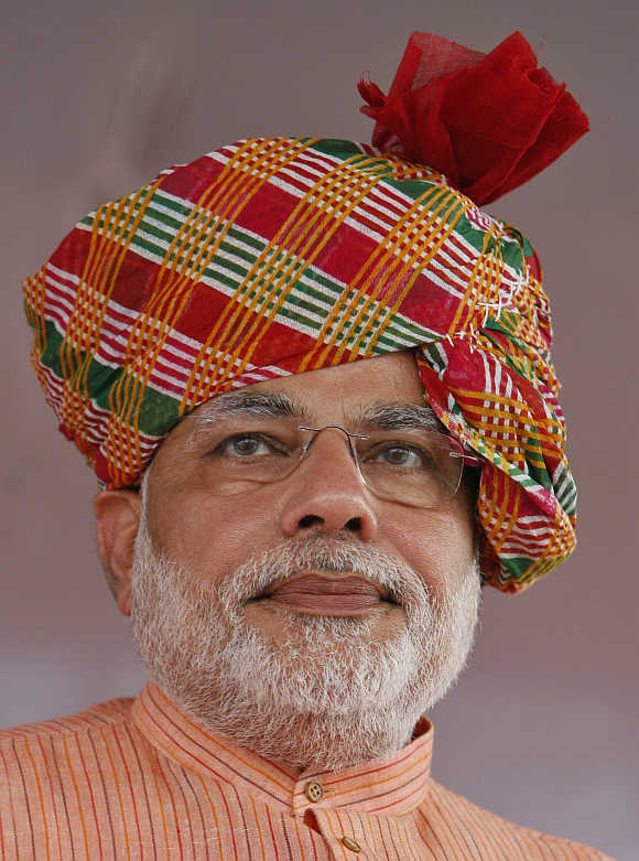 Rout out 'untrustworthy' Congress: Modi asks people