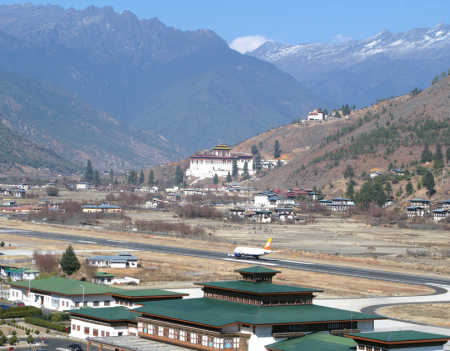 Flights at Paro are allowed under visual meteorological conditions only.