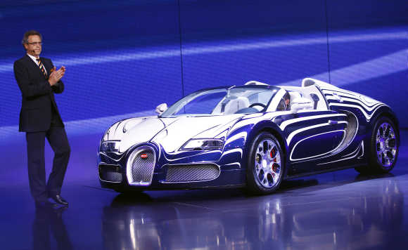 Bugatti Veyron LOr Blanc super sports car.