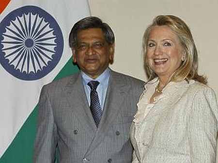 US Secretary of State Hillary Clinton and India's Foreign Minister SM Krishna