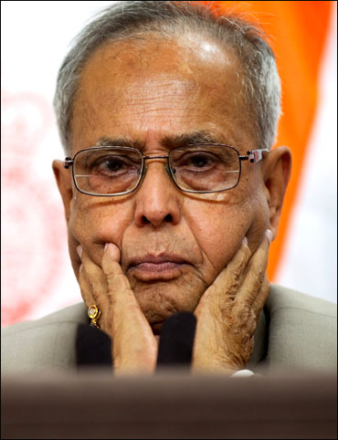 I'm ready to even bite the ballot: Pranab Mukherjee
