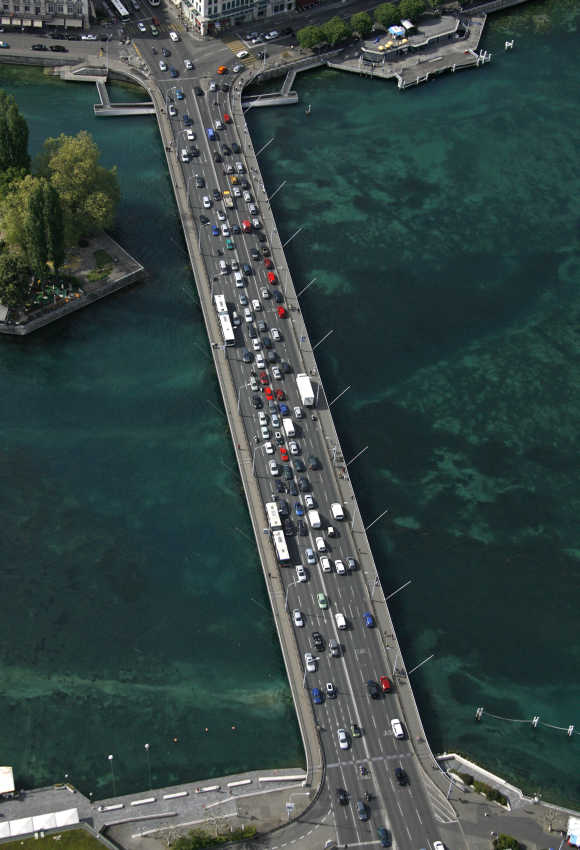 Traffic on the Mont-Blanc bridge over Lake Leman in Geneva.