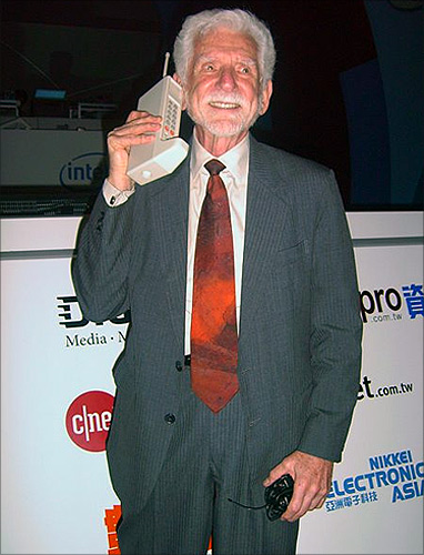 Dr. Martin Cooper, the inventor of the cell phone, with DynaTAC prototype from 1973 (in the year 2007).