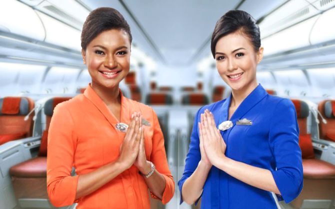 Top 10 Airlines With The Best Cabin Crew Rediff Com Business