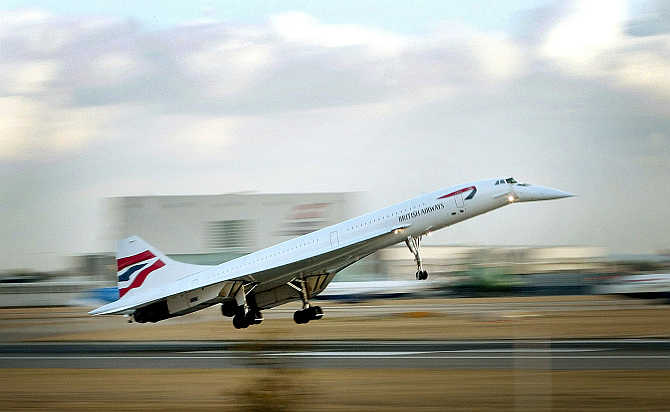 The last British Airways passenger Concorde flight lands at London's Heathrow airport from New York on October 24, 2003.