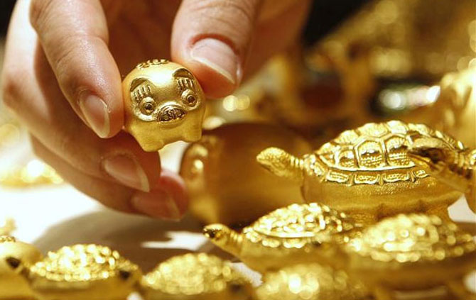 Coronavirus fears: Is it a good time to buy gold?
