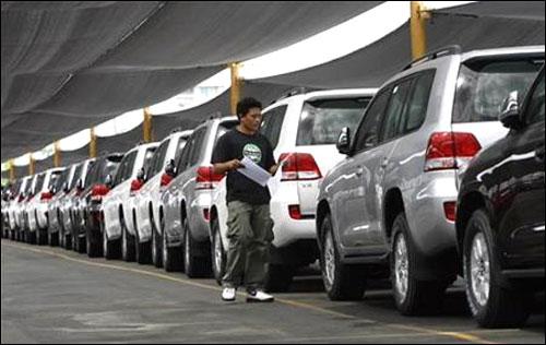 GST won't make luxury cars, SUVs cheaper