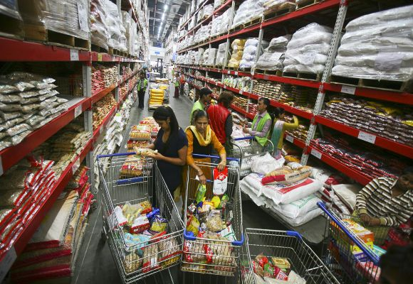 Cos face new worry over poor sales: rising inventory
