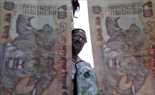 Crisis: Investors bearish on India's growth prospects