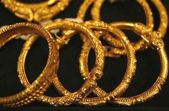 Now you can t use credit card to gold jewellery on EMIs