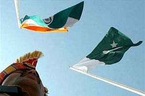 Indian and Pakistani flags.