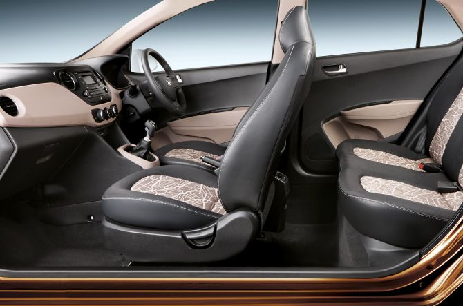 hyundai launches grand i10 automatic at rs lakh. Black Bedroom Furniture Sets. Home Design Ideas