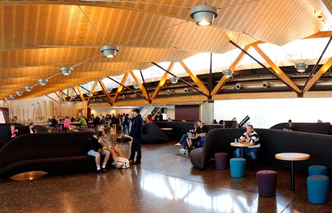 8 most entertaining airports in the world