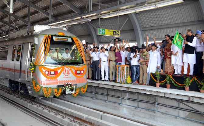 First trial run of the Jaipur Metro.