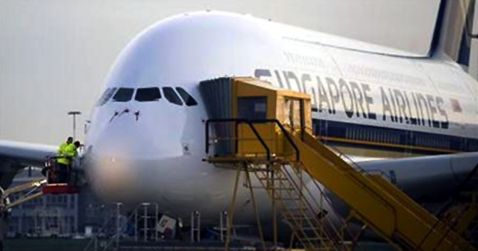 Superjumbo A-380 to fly to India from May